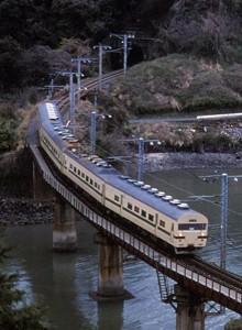 19860329-5